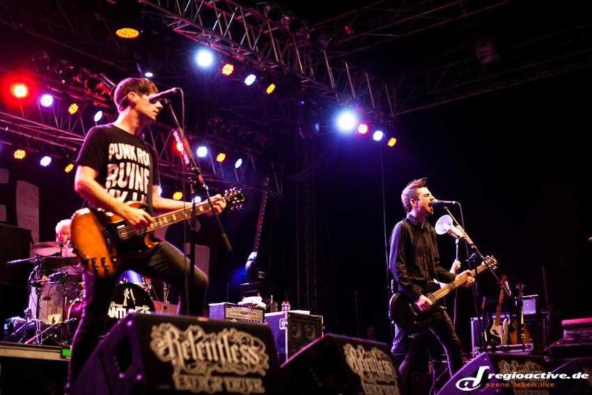 Anti-Flag (live beim Mini-Rock-Festival, 2014)