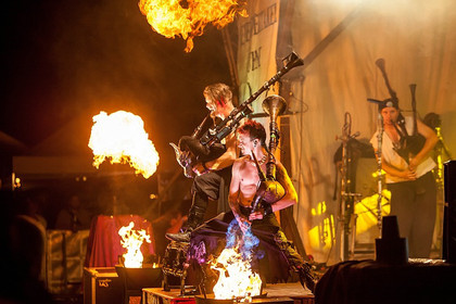 Totentanz - Fotos: Saltatio Mortis live beim Spectaculum 2014 in Speyer